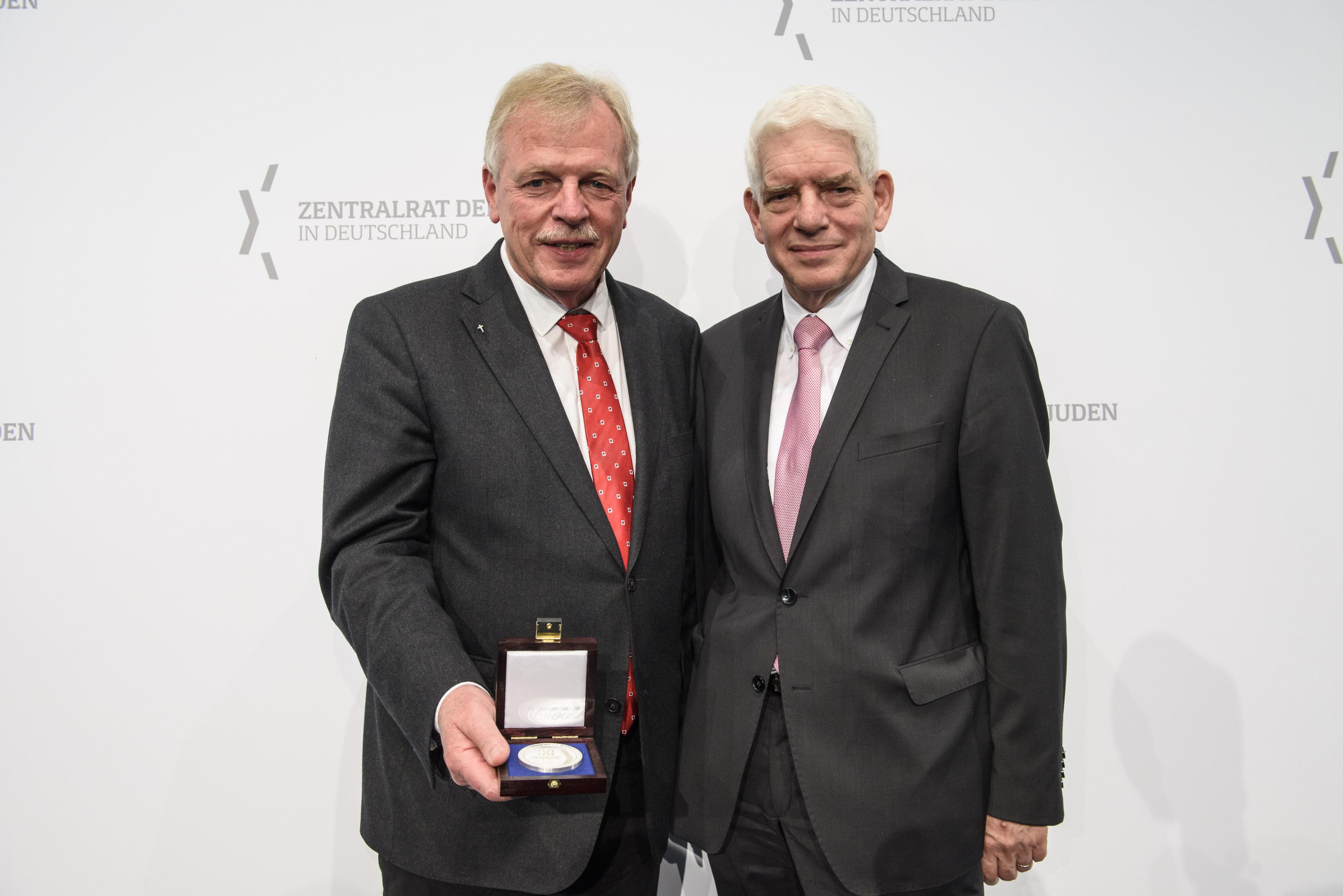 v.L. Wilfried Manneke, Dr. Josef Schuster